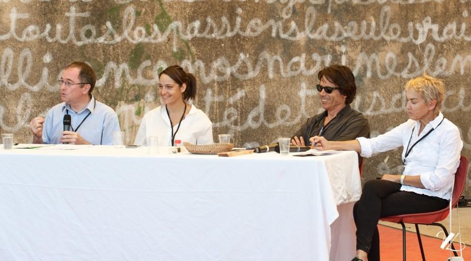 "Patrick Rambourg,   Nadia Sammut, Philippe Stefanini, Fabienne Mulliez, Festival ""Planète honnête"", Cadenet, 27-09-2015."